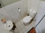 toilet-1024x684